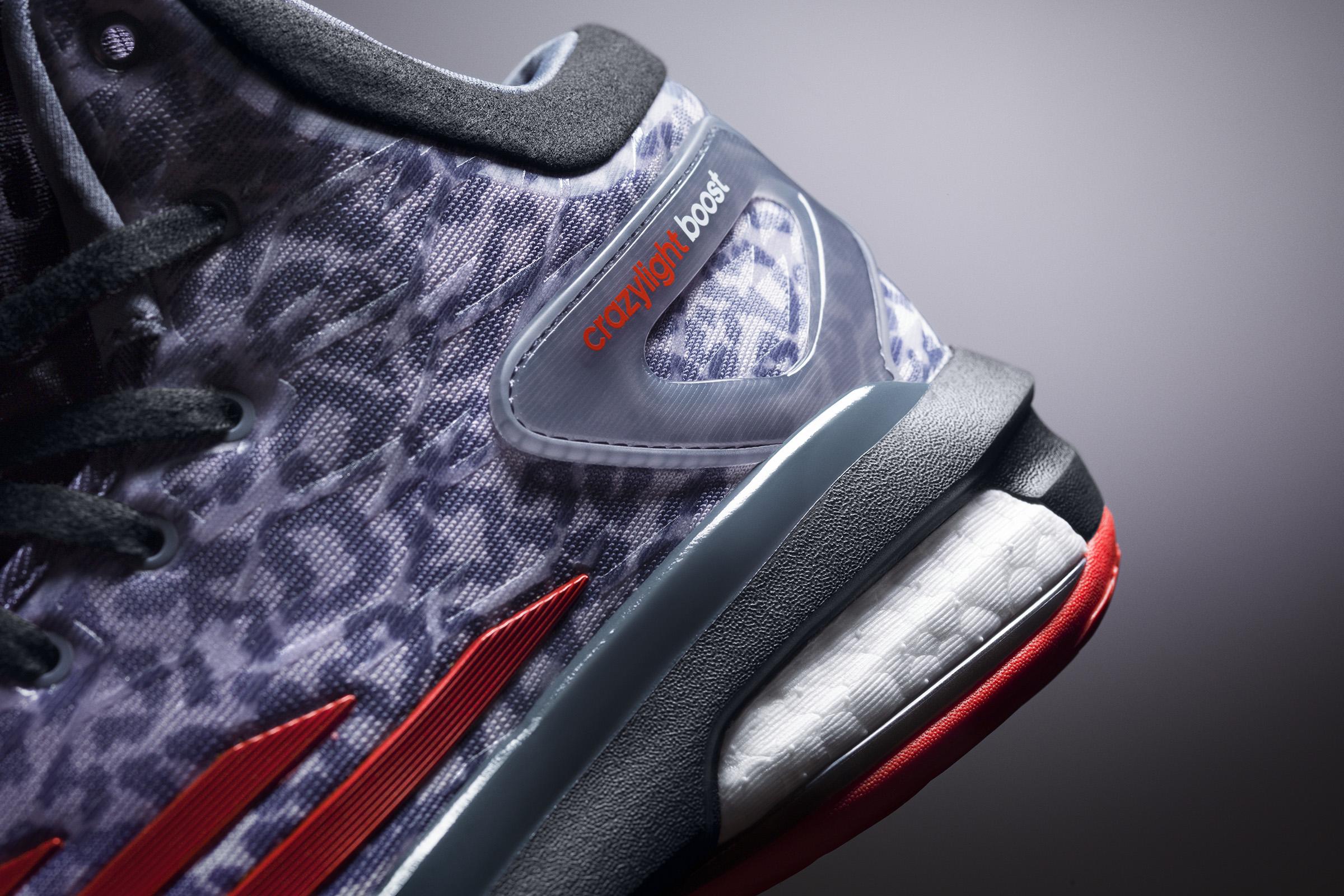 In questa photogallery proveniente dal sito adidas alcuni dettagli delle scarpe e degli atleti