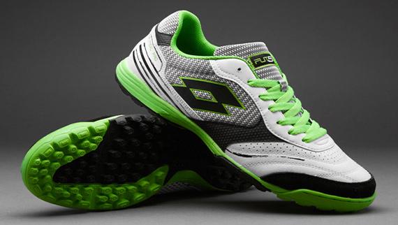 super cute 74ac5 259d5 Le scarpe da calcio che durano di più: unboxing della Lotto ...