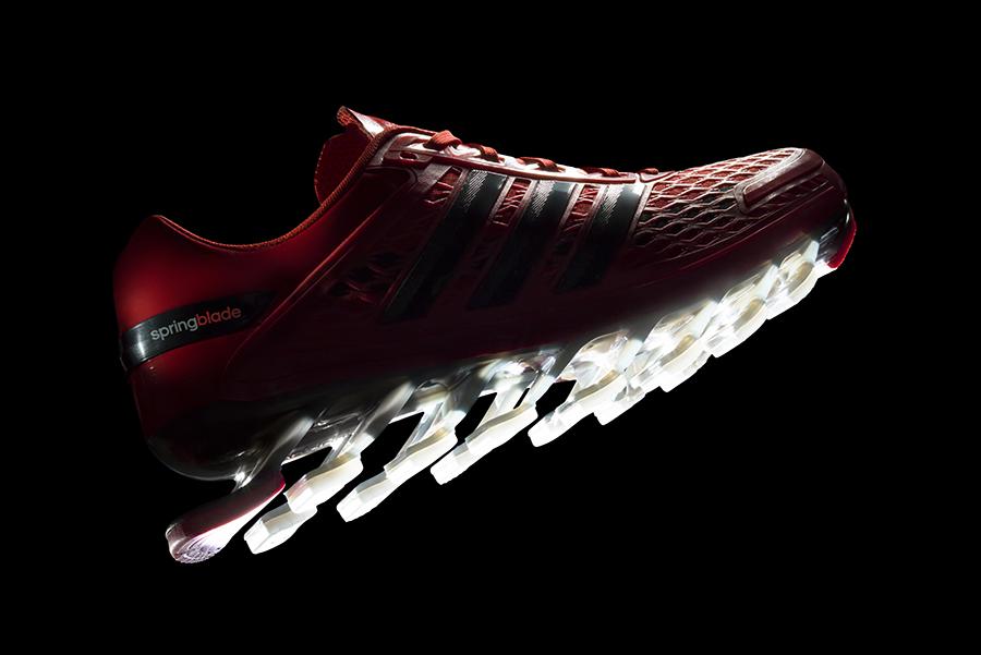 l'ultimo modello di springblade dell'adidas1